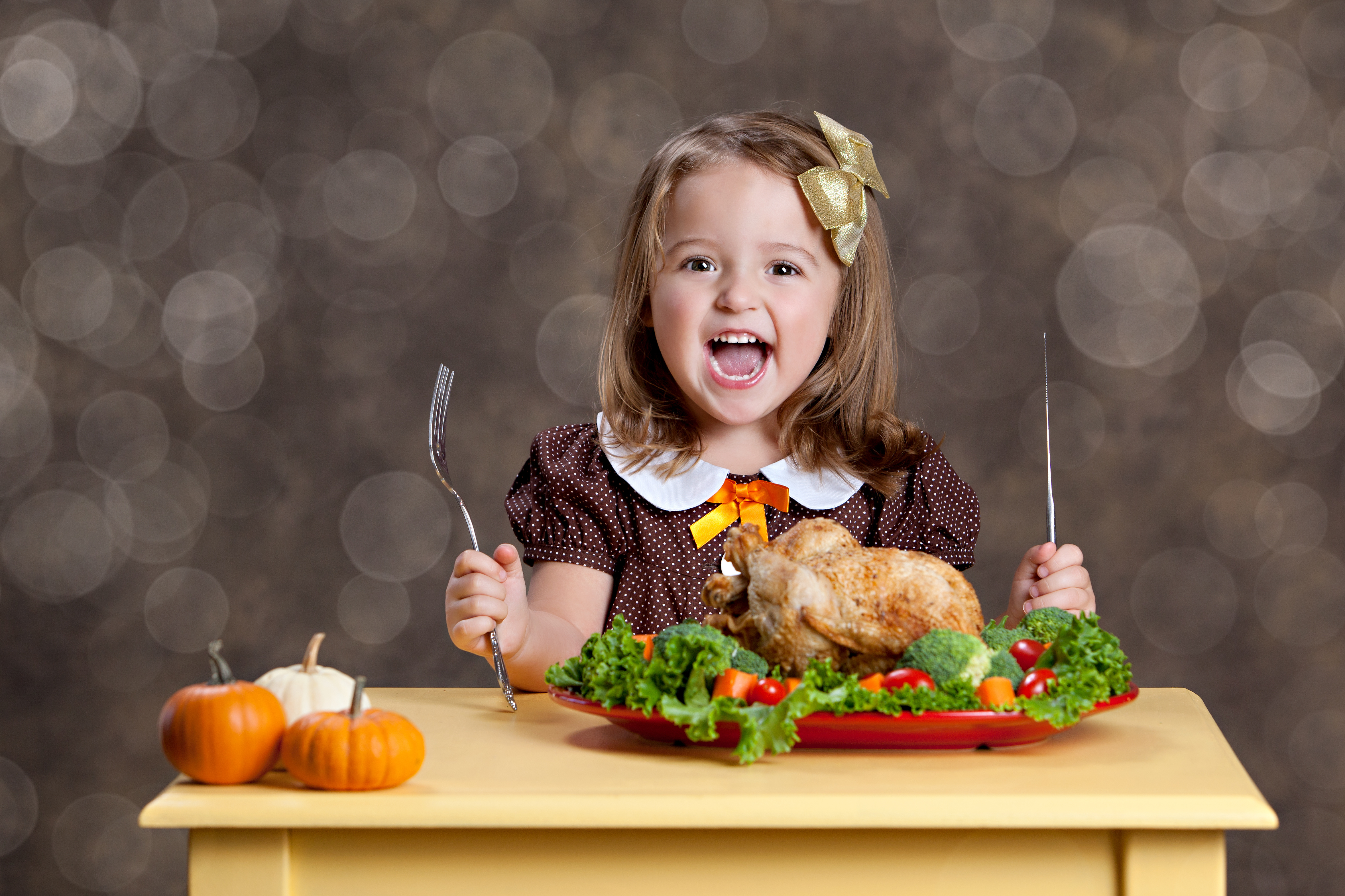 How to Mindfully Eat Your Way Through the Holidays