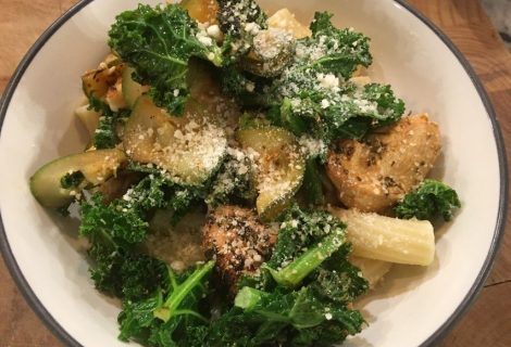 Zucchini Kale and Chicken Pasta Bowl Recipe